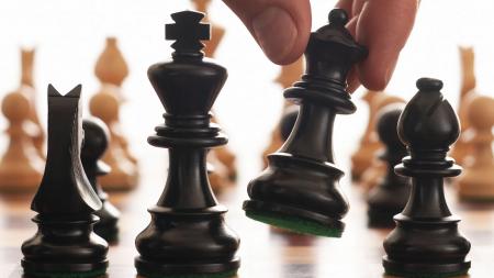 AlphaZero, noul campion mondial la șah pe computer