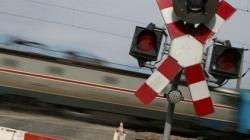 Cu ochii pezona trecerilor la nivel cu calea ferată