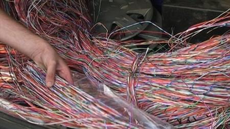 O metodă atipică de extindere a telefoniei fără fir în zona Șomcuta: se fură cablul