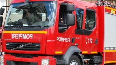 Pompierii maramureșeni, așteptați să ajute la stingerea unei sonde în flăcări din Satu Mare