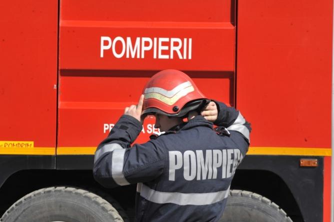 Acțiuni ale pompierilor pentru întâmpinarea Zilei Protecției Civile din România