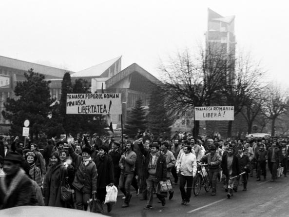 În 1989, în Baia Mare, de Crăciun, ne-am luat porția de … tutun