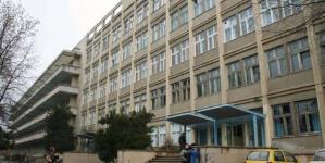 Peste un milion de doze de Hidroxiclorochină, donate de Sanofi; Pe lista beneficiarilor se numără și Spitalul TBC Baia Mare