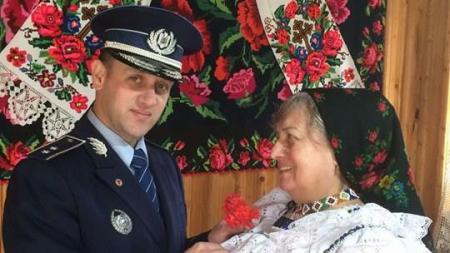 De 8 Martie, polițiștii maramureșeni sunt cu gândul mai mult la femei