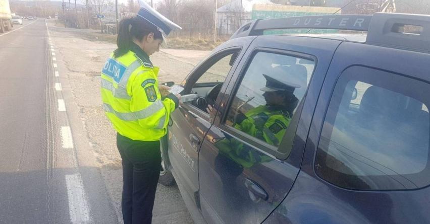 Doi din trei șoferi opriți pentru control au fost amendați