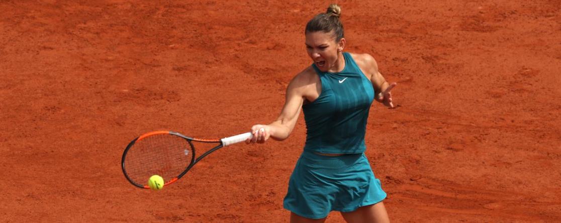 Simona Halep în sferturi. Wozniacki eliminată de la Roland Garros