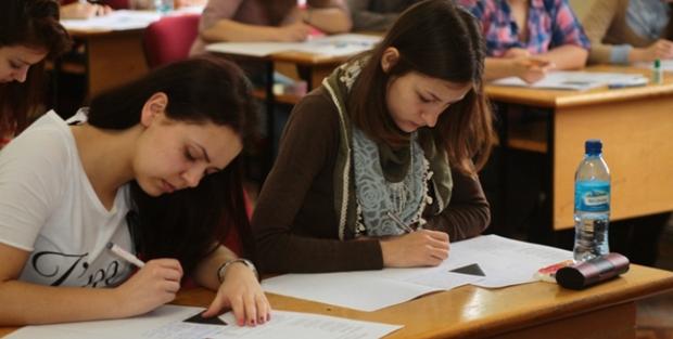 Aproape 4000 de elevi maramureșeni intră-n febra examenelor Evaluării Naționale