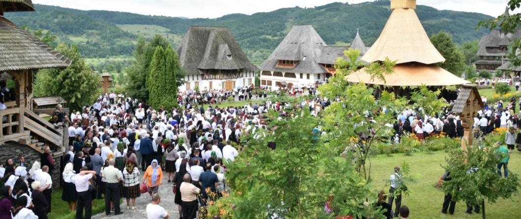 La hramul Mănăstirii Bârsana, PS Iustin a primit titlul de Cetățean de Onoare al județului Maramureș
