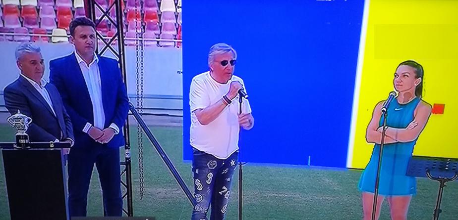 Simona Halep, omagiată pe Național  Arena (GALERIE FOTO)