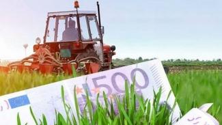 Bani pentru fermieri