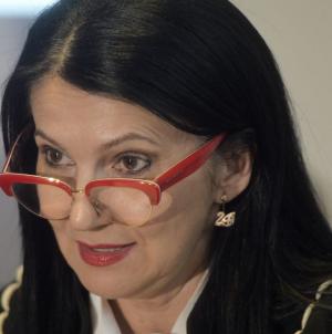 """Iniţiativa de a trimite în spitale """"pacienţi sub acoperire"""" nu este o vânătoare de vrăjitoare, explică ministrul Sorina Pintea"""
