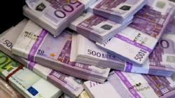 Euro se răsfață, încheind anul 2018 în creștere