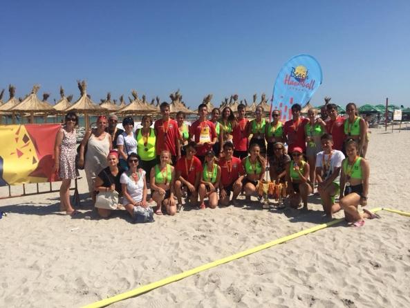 Argint și bronz pentru Baia Mare la campionatul național de handbal pe plajă (GALERIE FOTO)