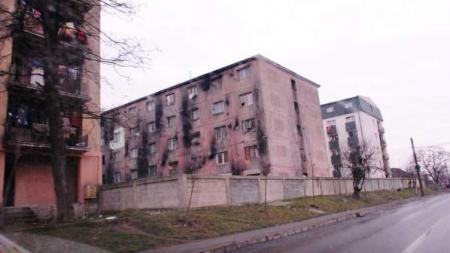 Se reabilitează trei blocuri de locuințe sociale. Totul e să nu-și bată joc chiriașii de banii investiți