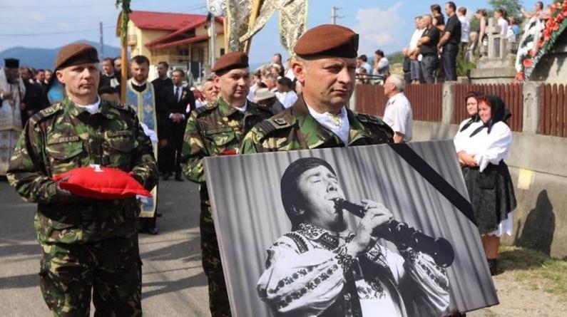 Dumitru Fărcaş, înmormântat la Groși cu onoruri militare