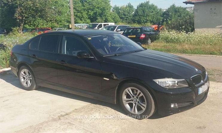 Rămas fără BMW s-a ales în schimb cu un dosar penal