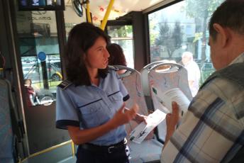 Acțiune a polițiștilor în stații, autobuze și troleibuze