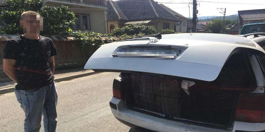 Avea în mașină vreo 7000 de pachete de țigări, dar niciun permis de conducere