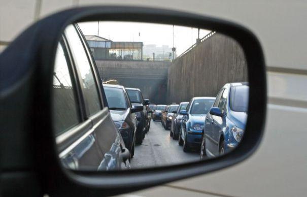 Depunerea cererilor de restituire a fostelor taxe auto, pe ultima sută de metri