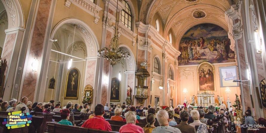 """Biserica Romano-Catolică """"Sfânta Treime"""" din Baia Mare, aniversată la 300 de ani de la construire"""