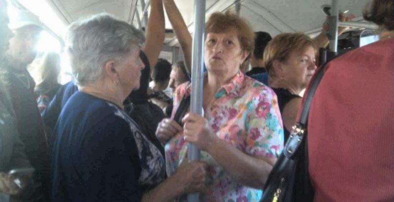 Transportul în comun metropolitan e în comă, iar navetiștii  – în disperare