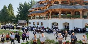 Hramul Mănăstirii Săpânţa Peri (GALERIE FOTO)