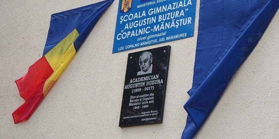 O premieră națională sau cum s-a întors acasă academicianul Augustin Buzura (GALERIE FOTO)