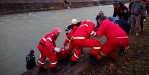 Cadavru descoperit în râul Săsar