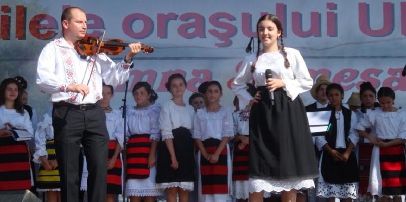 """Programul Festivalului """"Toamna Someşeană"""" de la Ulmeni"""