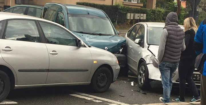 Trei accidente rutiere, răspândite prin Maramureș (GALERIE FOTO)