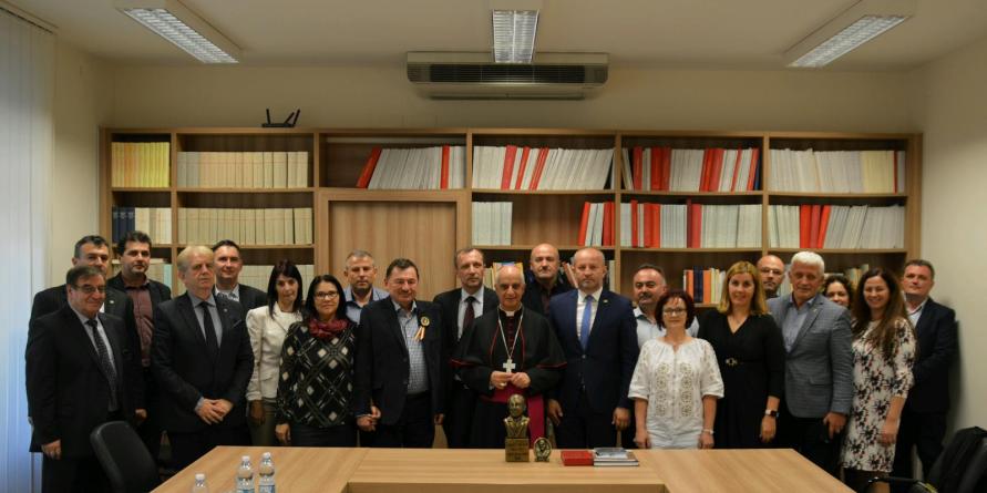 Universitarii maramureșeni vorbesc la Roma și Vatican despre Vasile Lucaciu