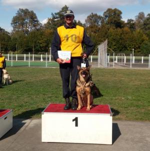 Campionul cu doi câini campioni (GALERIE FOTO)