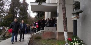 Târg organizat de liceeni în scop caritabil
