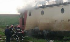O altă locomotivă a luat foc  în Ilba