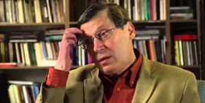 """Clujeanul Adrian Popescu  la """"Miercurea de poezie"""""""