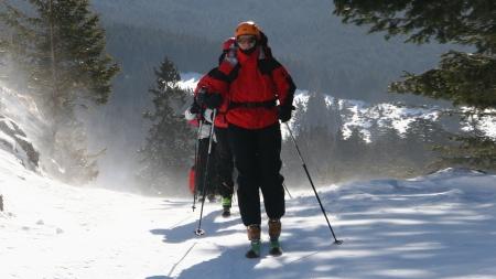 Se mențin avertizările privind pericolul de avalanșăîn munții Gutâiși Maramureșului