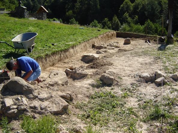 Ziua porţilor deschise pe şantierul arheologic Oarţa de Sus – Măgura