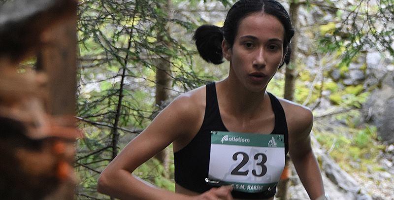 Nepoată de mare campion, tânăra atletă băimăreancă Alexia Hecico aleargă spre… olimpiadă