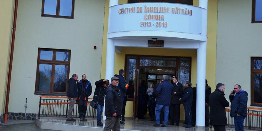 Centrul de îngrijire pentru bătrâni de la Coruia  a fost inaugurat, dar va fi funcțional doar de la anul (GALERIE FOTO)