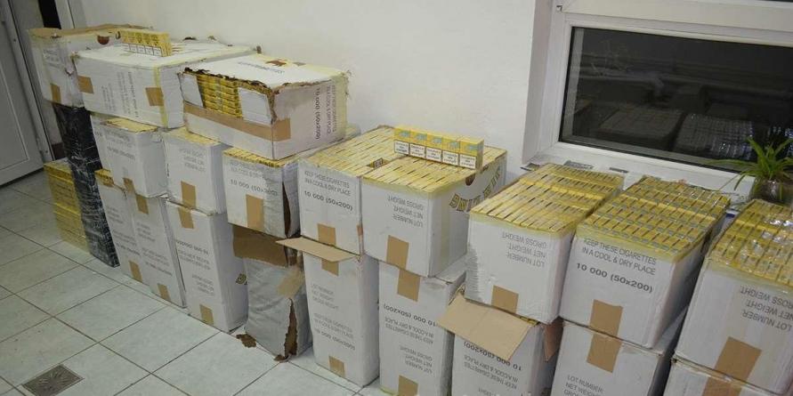 Captură de 15.000 de pachete de țigări într-o singură zi (VIDEO)