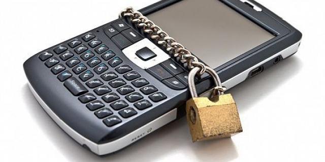 Smartphone-urile rămân  printre preferințele hoților