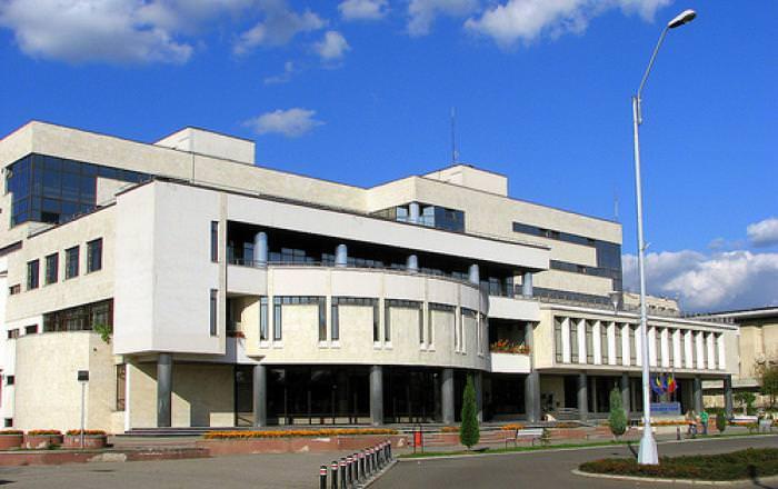 Diferențele și asemănările culturale dintre România și Belarus, prezentate la Biblioteca Județeană