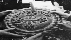 Un maramureșean care a scăpat în mod miraculos din ștreang are monument în Maramureș