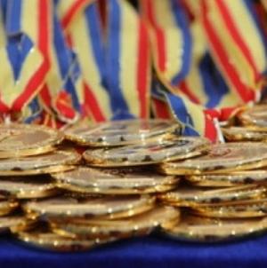 Stimulente pentru olimpici și pentru dascălii care i-au pregătit