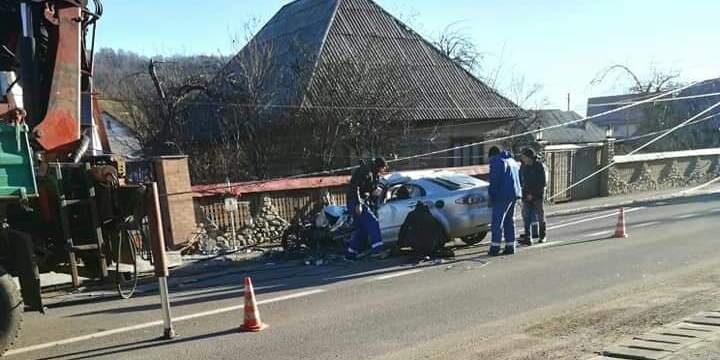 Un tânăr a murit în urma unui accident cumplit