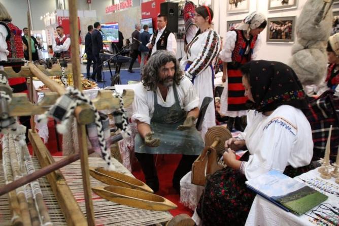 Maramureșul, o prezență de excepție la Târgul de Turism al României (GALERIE FOTO)
