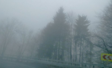 Vizibilitate redusă de ceață, sub 100 de metri, în Pasul Prislop