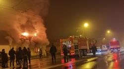 """""""De mor iarna, să puneți pe mine o plapumă"""", mesajul postat de  tânărul care a murit, duminică,  în incendiul din Baia Mare"""