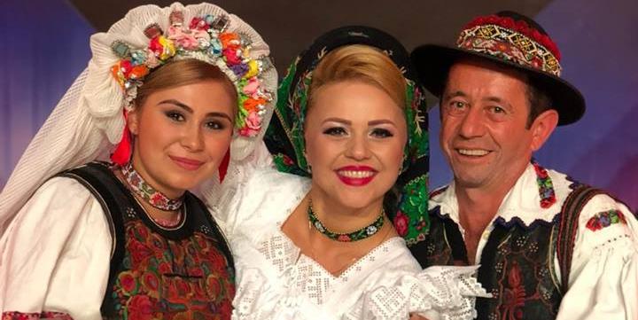 """Prin Andreea Ghițiu, Maramureșul are două semifinaliste la """"O vedetă populară"""" (GALERIE FOTO)"""