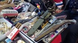 Târgul de antichități a avut de toate, până și arme (GALERIE FOTO)